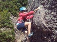攀岩在Riglos的长路上