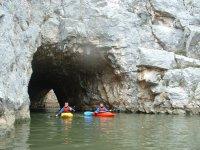 洞穴,皮划艇