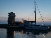 沿着安达卢西亚海岸的帆船