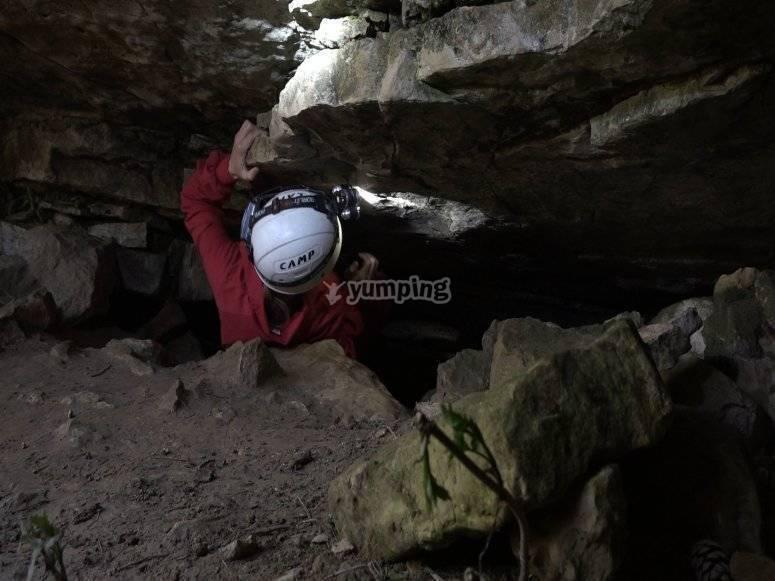 Primeros retos en la cueva