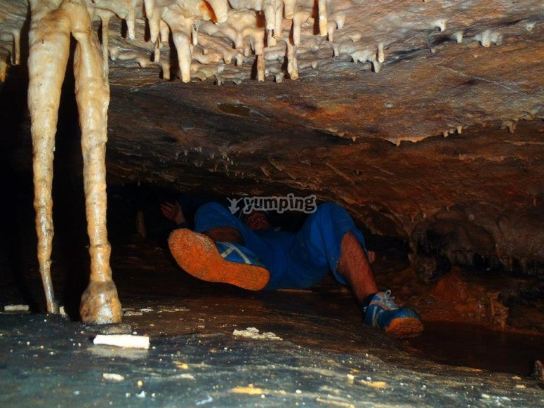 Una cueva diferente