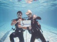 出的潜水设施