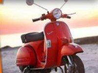 穿越Roquetas de Mar的复古摩托车路线