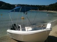 Embarcacion en alquiler en la playa
