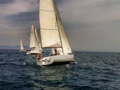 Sailboat rental with no skipper in L'Escala
