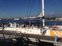Imbarco sul catamarano