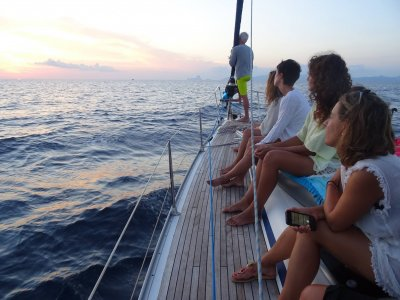 Mar Infinito Paseos en Barco