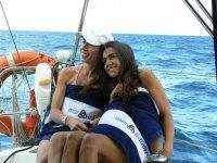 Coperto di asciugamani sulla barca