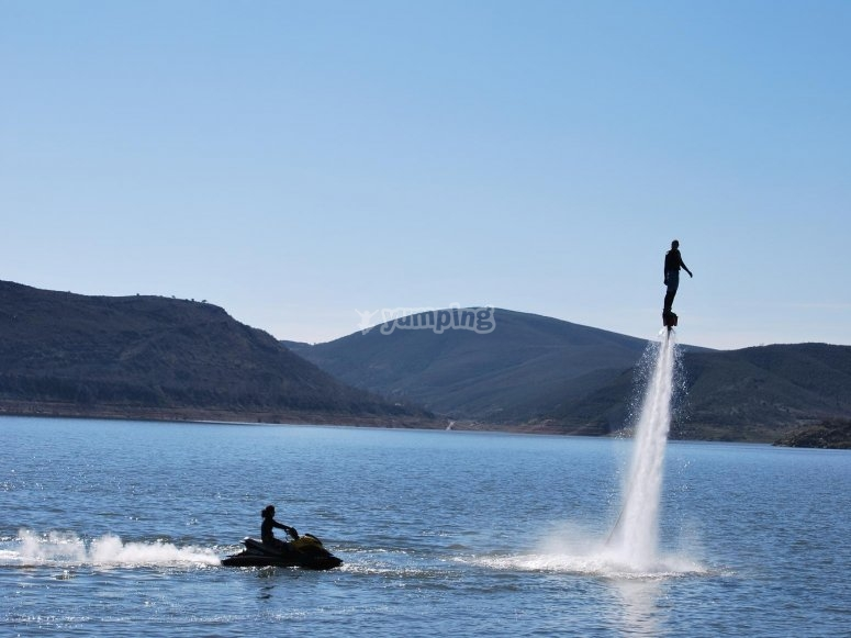 flyboard的推进