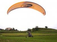 动力伞车上升