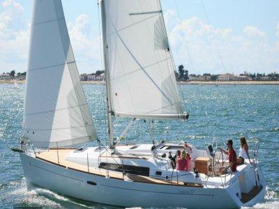 Excursión en velero en Port Olímpic 2 horas