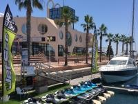 Base motos nauticas en la Marina de Alicante