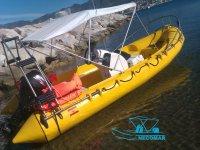 Barcos totalmente equipados