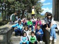 Niños en el campamento