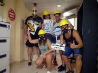 Group of friends with nuclear characterization in escape room