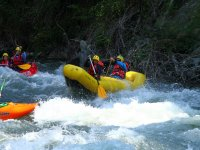 Ruta de aguas bravas en canoa
