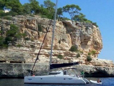 Excursión en barco Tres Cabos en Jávea 2h 30min