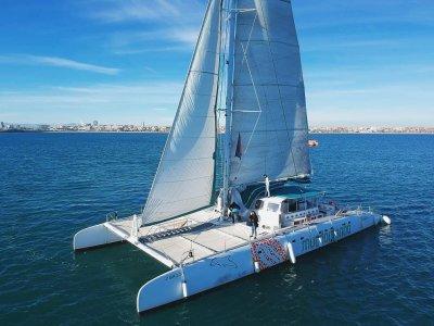 Excursión en catamarán por Calpe 5h para adultos