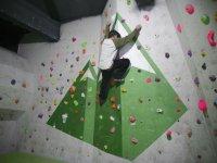 Utilizando las extremidades para escalar