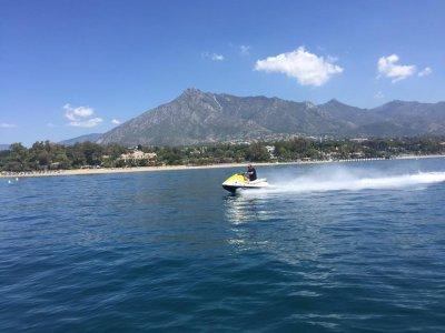 马贝拉30分钟的水上摩托艇