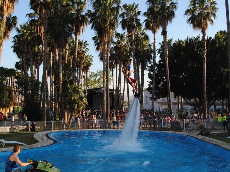 Practicando en piscina