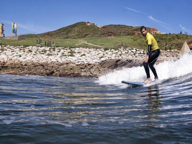 Prime lezioni di surf