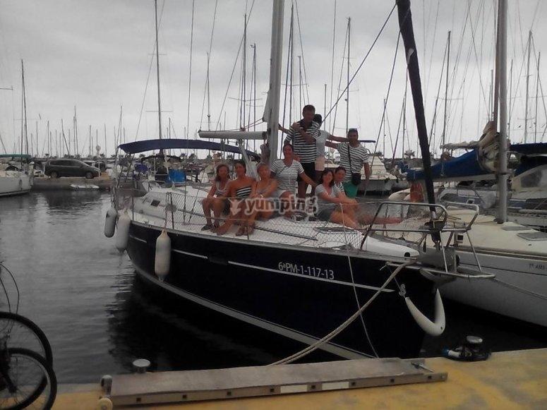 Embarcando en el velero