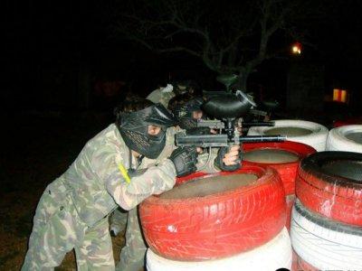 在Peñíscola200球的夜彩弹