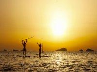 Atardecer en Ibiza practicando paddle surf