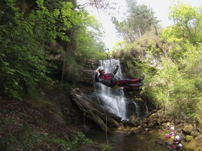 Canyoning initiation in the river Sebrando 3 hours
