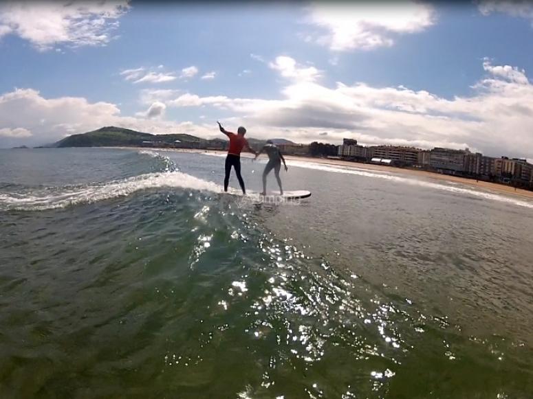 Primeros pinitos como surfer