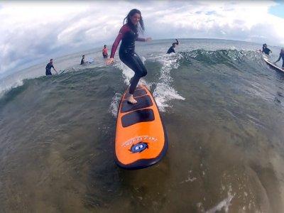 在Zarautz冲浪课程,2小时