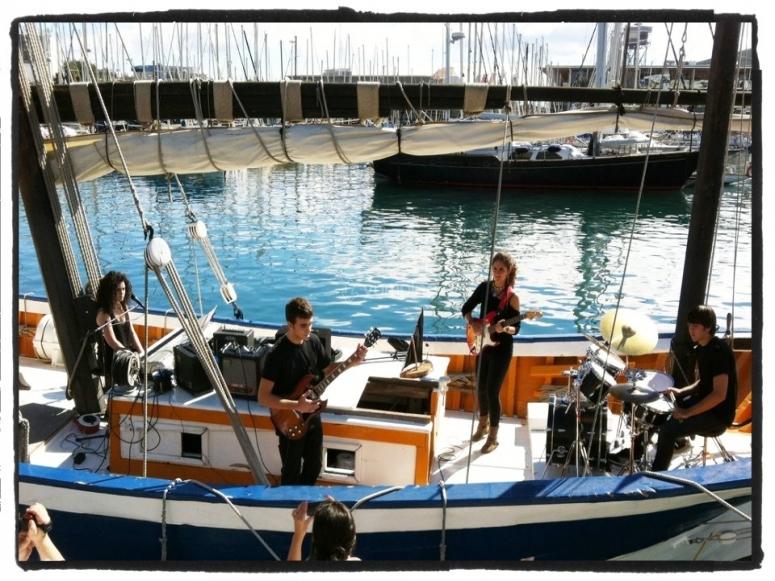 音乐在船上