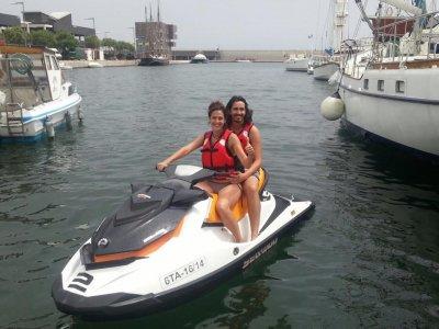 Excursión en moto de agua en Badalona 15 minutos