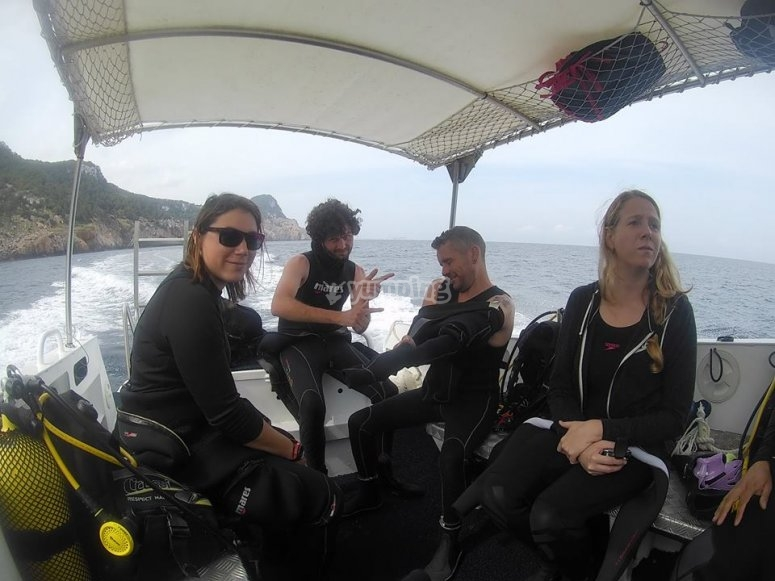 Group of divers in the boat