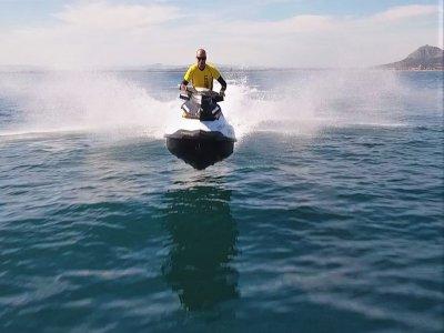 Alquiler de motos de agua en Torroella 15 minutos