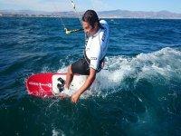 Curso perfeccionamiento 2 de kitesurf 1 día Málaga