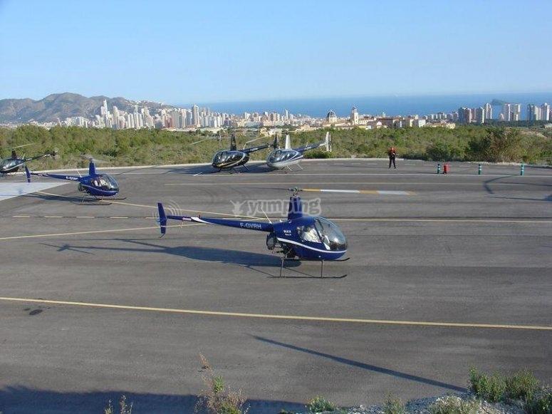 Helicopteros en tierra