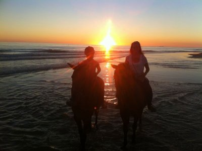 Night horseback riding tour on Barrosa beach