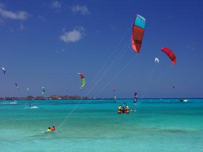Iniciacion al kitesurf curso de 2 días Corralejo