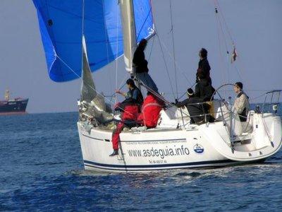 Paseo en barco desde Getxo. 4 h. Dufour 34