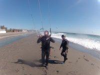 在莫特里尔莫特里尔风筝冲浪课程,风筝冲浪学校AWA