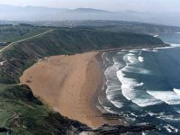 playa salvaje de sopelana