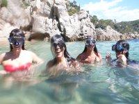 Chapuzón para practicar snorkel