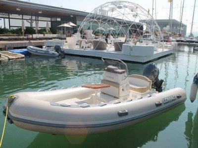 Rent a Lomac Zodiac 4 in Denia for 4 hours