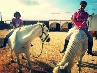 Ruta a caballo infantil