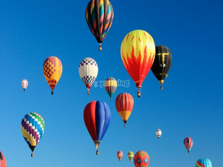 在塞戈维亚的气球旅行