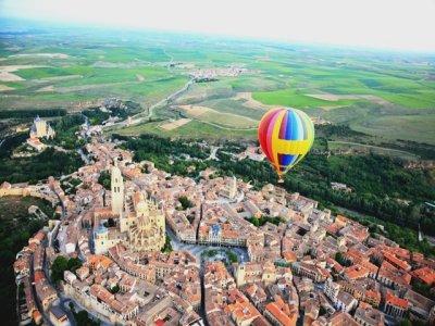 塞戈维亚独家乘坐2人气球