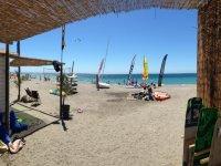 在Motril格拉纳达海滩出租paddlesurf