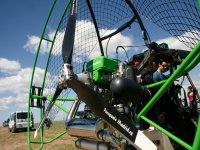 串联滑翔伞滑翔伞电机滑翔伞马德里资源